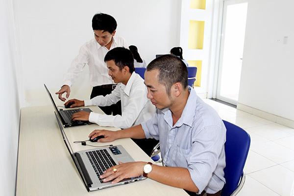 Training quản lý tổ chức tiệc bằng phần mềm quản lý cho đội ngũ quản lý